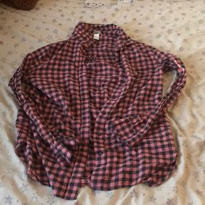 Plaid button up long sleeve shirt